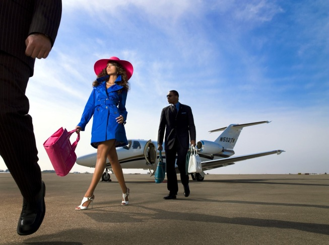 Luxury Couple - Private Jet